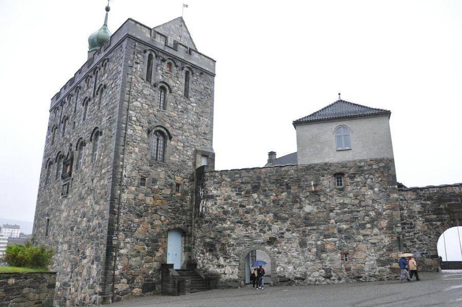 Он построенй еще в XIII веке