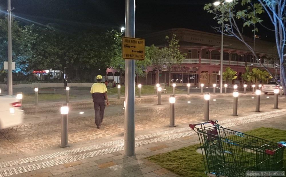 Столбики с фонариками Австралия