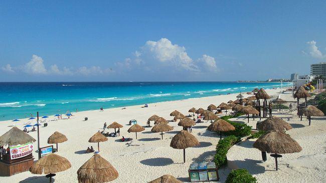 Пляж Дельфинес (Playa Delfines)