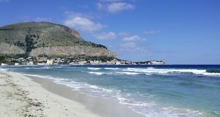 Пляжный отдых в Италии в сентябре где лучше и недорого