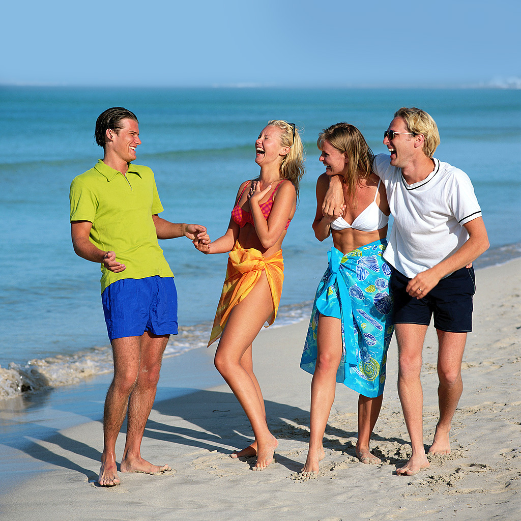 Люди на пляже