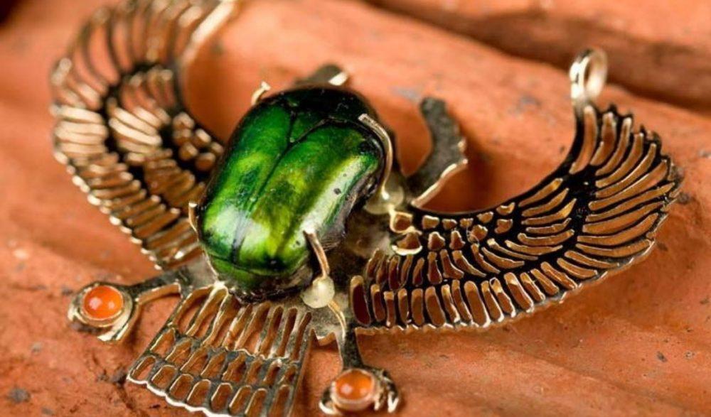 Жук-скарабей как эксклюзивный и самый популярный подарок из Египта