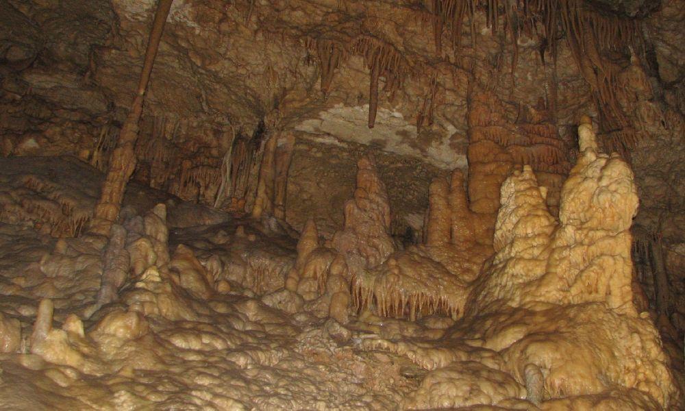 Фото пещеры в Новом Афоне в Абхазии