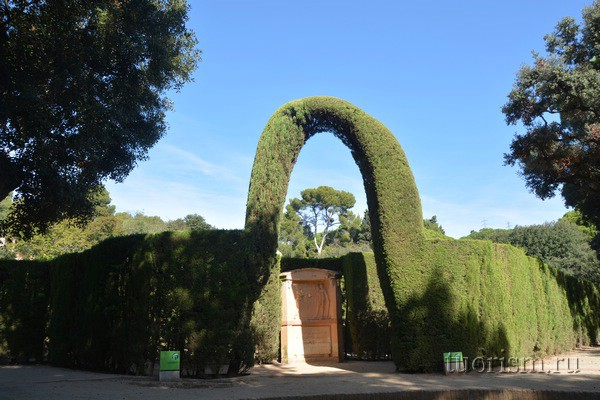 Вход в лабиринт, Барселона