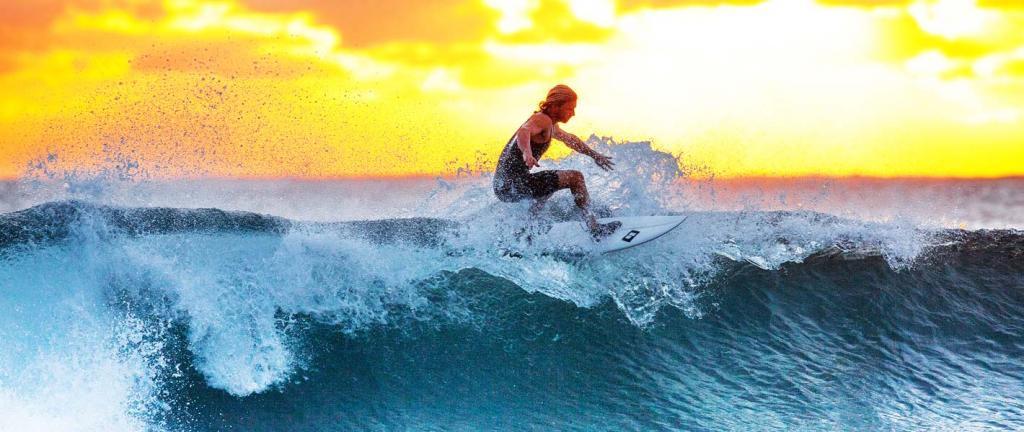 катание на серфинг-доске