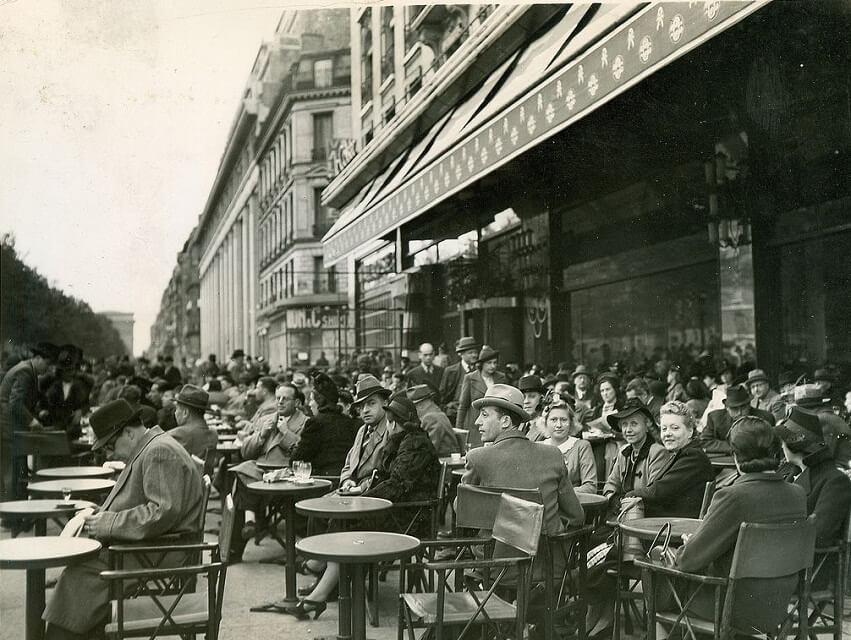 Улица Шанз-Элизе в Париже 1939 год