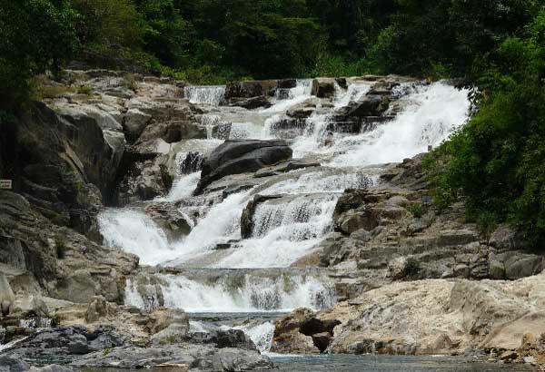 водопад Янг Бэй в Нячанге фото