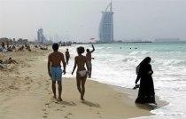 На пляжах ОАЭ