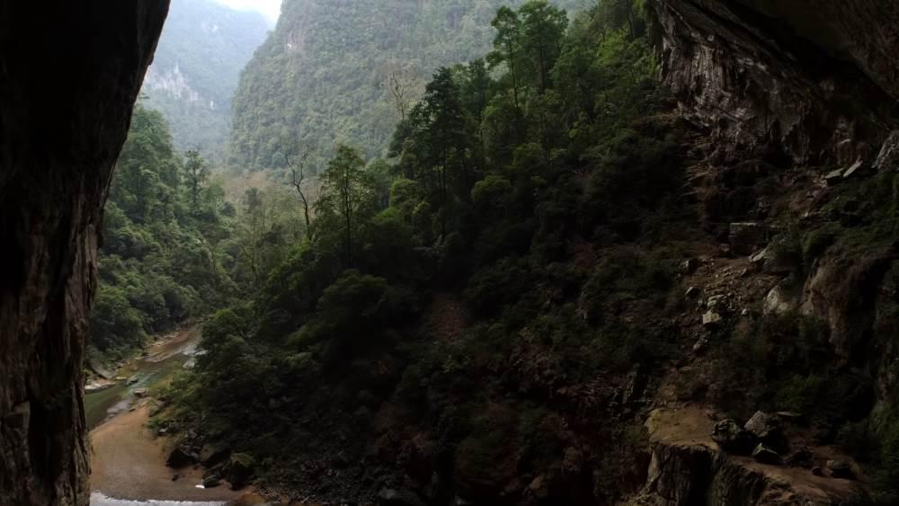 Пещера во Вьетнаме - Шондонг