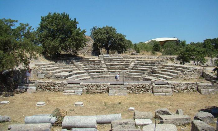 Римский Одеон Трои