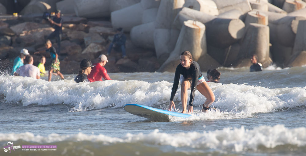 Обучение серфингу во Вьетнаме, Муйне, подъем